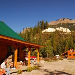BC Guided Hunting Trips including Grizzly & Black Bear, Moose, Deer, Elk, Bighorn Sheep, Mountain Lion, and Mountain Goat